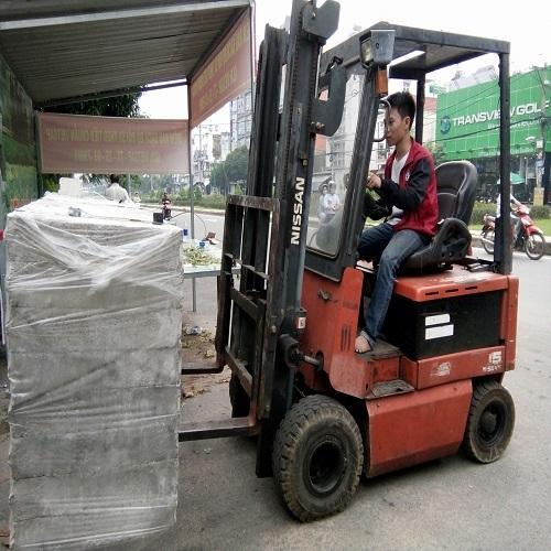 dịch vụ cho thuê xe nâng hàng tại Hưng Việt