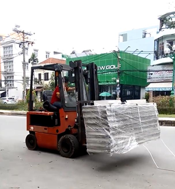 Xe nâng điện tại Đà Nẵng nhập khẩu