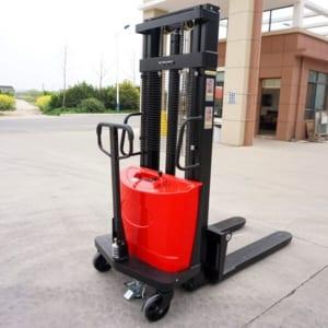 Xe nâng bán tự động giá rẻ tại HCM