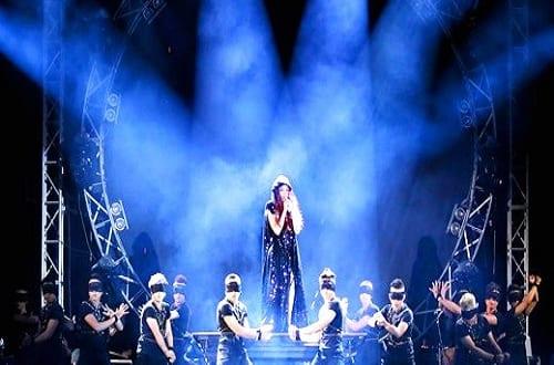 Thuê bàn nâng điện thủy lực cho sân khấu ca nhạc