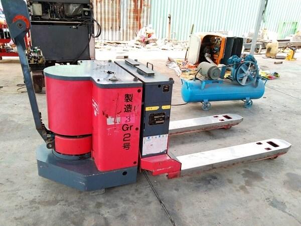 Xe nâng dùng cho kho lạnh âm độ, hệ thống điện và hệ thống sưởi hiện đại