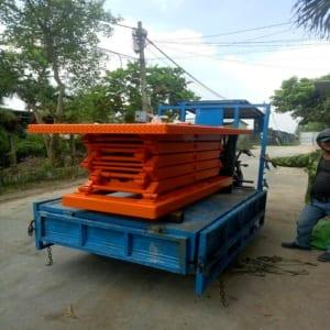 Bàn nâng điện 2 tấn cao 4m sản xuất tại Hưng Việt