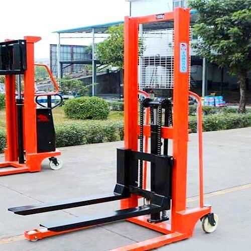 Xe nâng tay cao ở Đà Nẵng giá rẻ
