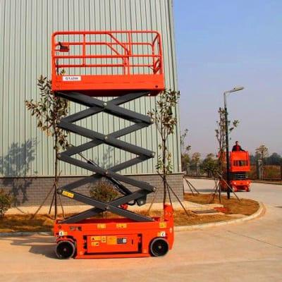Thang nâng điện tự hành 8m tải nâng 200kg giá rẻ