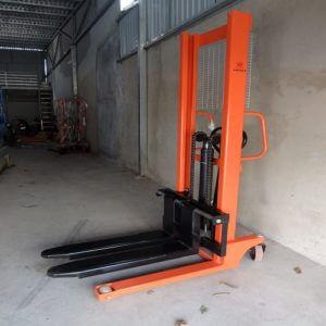 Cho thuê xe nâng tay cao tại Đà Nẵng và các tỉnh miền Trung