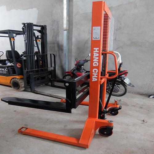 Xe nâng tay cao 1 tấn lên 1,6m chất lượng tốt nhất HCM