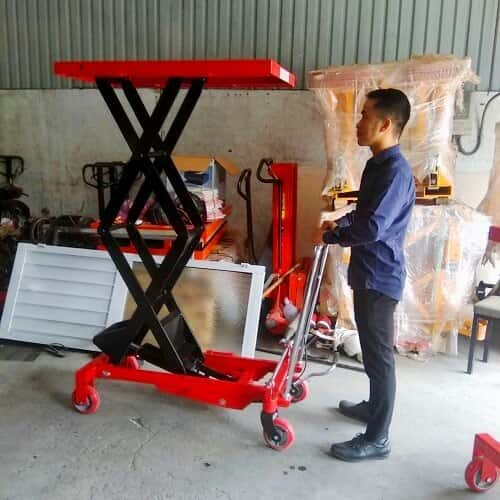 Xe nâng mặt bàn 800kg cao 1,5m - Xuất xứ Việt Nam