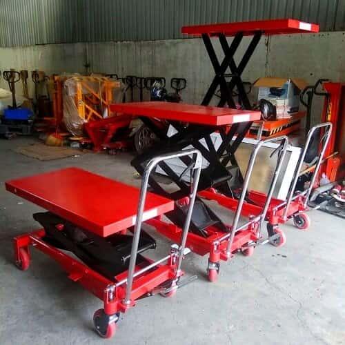 Xe nâng mặt bàn 800kg lên cao 1,7m có sẵn giá rẻ tại HCM