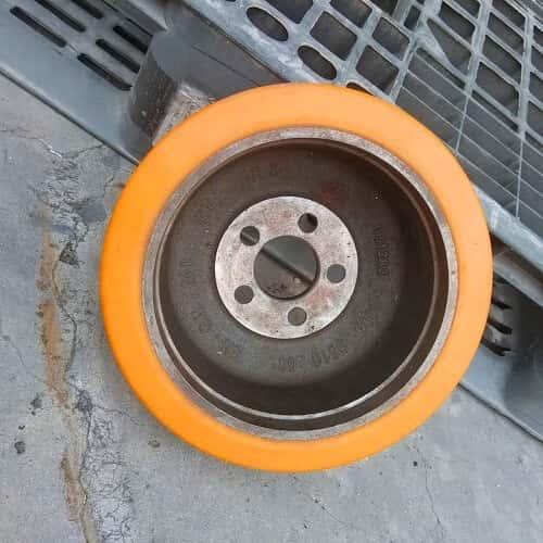 Bánh xe nâng điện linde chất lượng cao