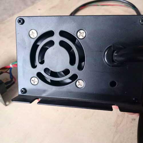 Quạt tản nhiệt của bộ sạc 12V cho xe nâng