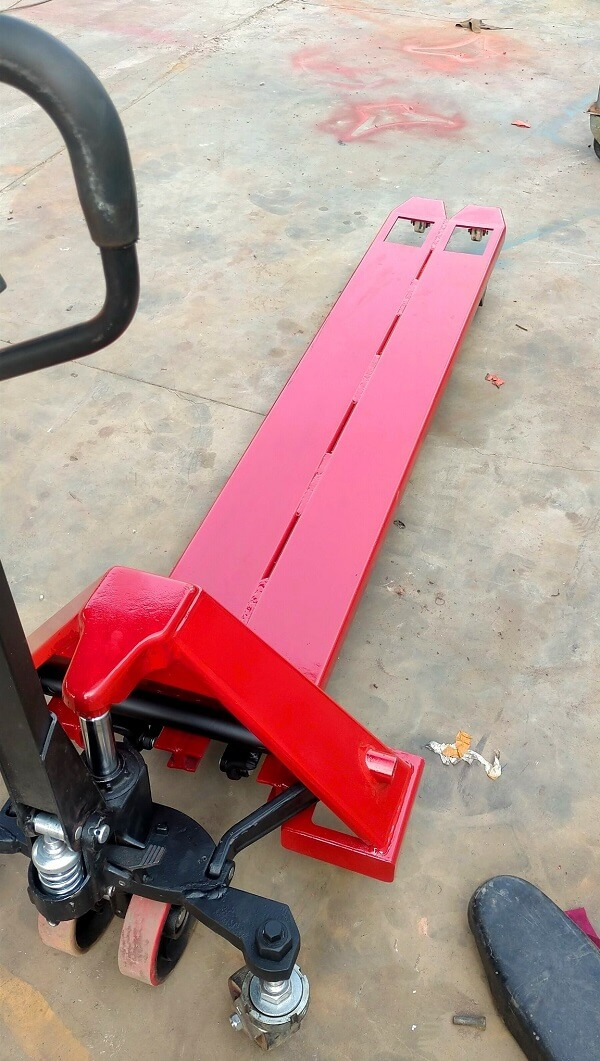 Với nhu cầu đặc biệt với độ lọt lòng chỉ 340-540mm thì đây là mẫu xe phù hợp cho pallet