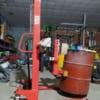 Mua xe nâng phuy gắn cân điện tử tại Hưng Việt, giá tốt chất lượng tốt