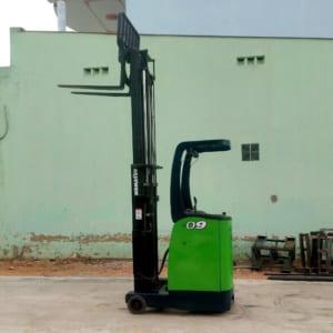 Xe nâng điện cũ Komatsu 900kg cao 3m giá chỉ từ 99-150 triệu