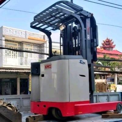 Xe nâng điện Nichiyu chính hãng 3 ty 3 lao xe chui container