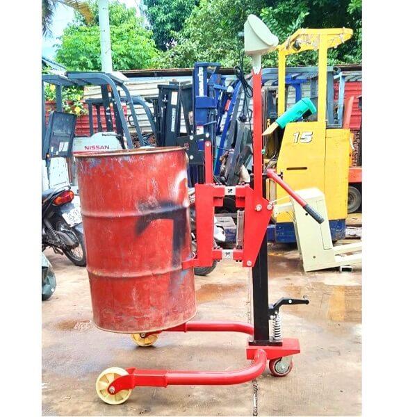 Xe dùng được cho cả phuy sắt lẫn phuy nhựa